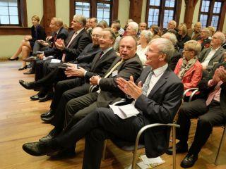 erste Reihe: (von rechts) Dr. Jürgen Zieger, Dr. Michael Ule, Franz Müntefering, Roland Sing